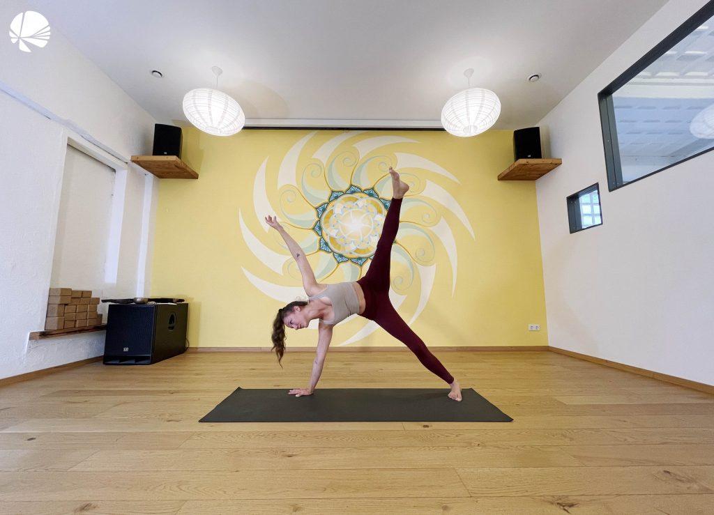 Melissa Vinyasa Yoga